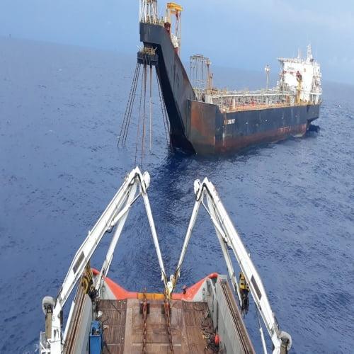 Cung cấp nhân lực cho dự án làm việc tại bờ và biển Việt Nam