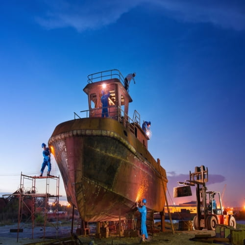 Cách nào để tàu biển trách bị lưu giữ do mắc lối nhiên liệu?