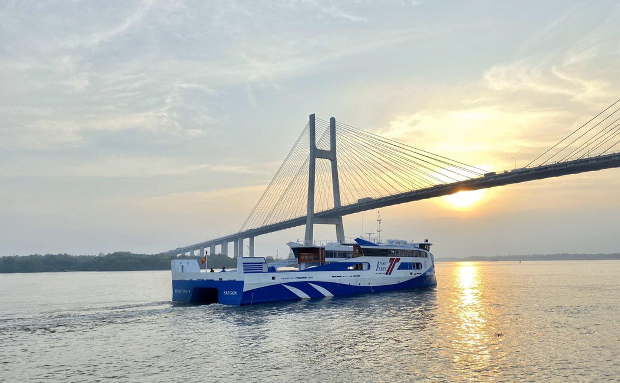 Tuyến phà biển đi từ Sài Gòn đến Vũng Tàu trong 30 phút sẽ được khai trương trước Tết