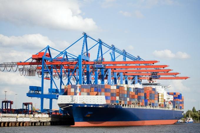 Cảng biển đón cơ hội tăng công suất ?